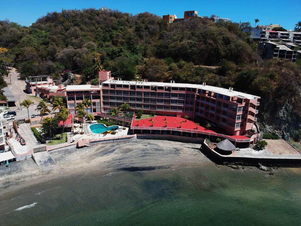hotel-playa-santiago